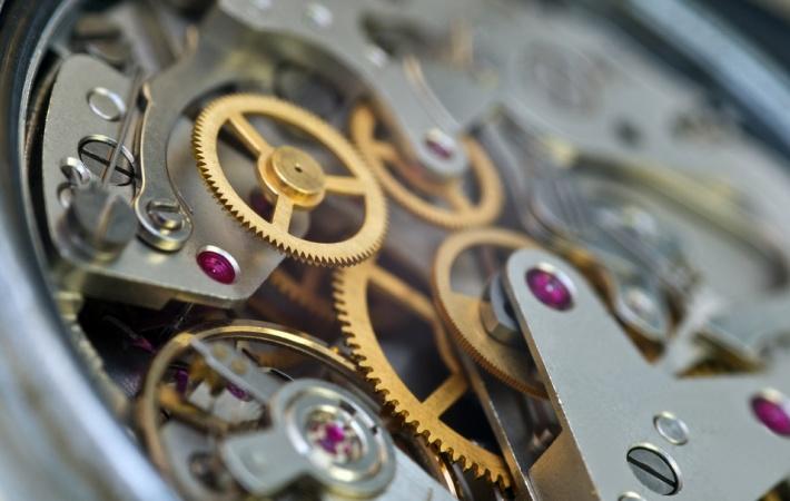 kamienie-mechanizmie-zegarkowym.jpg