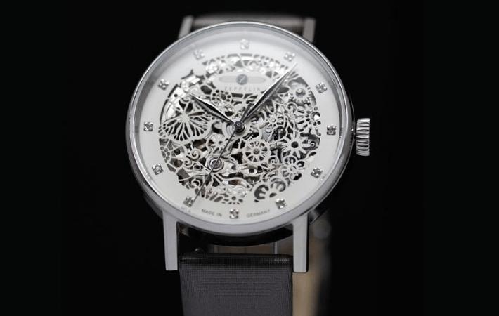 a01b1523a12029 Kobiece inspiracje - zegarki w kwiaty
